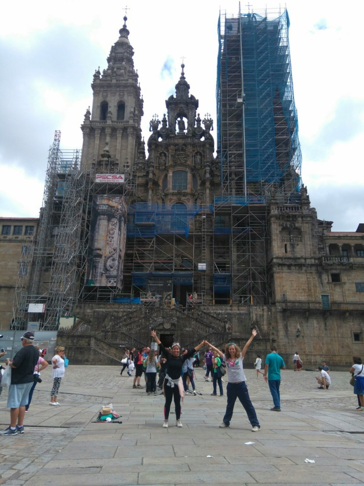 Arriving at our main destination: the Catedral of Santiago.