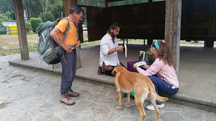 """José el peregrino"" (on the left), Walter (wrote a book on his pilgrimage called ""La soledad compartida""), Flan (Walter's dog) and my fellow pilgrim friend (on the right)."