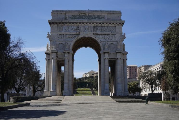 Piazza della Vittoria.